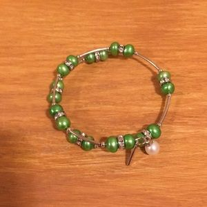 Vantel Pearl Green Apple Wire Wrap Bracelet- New
